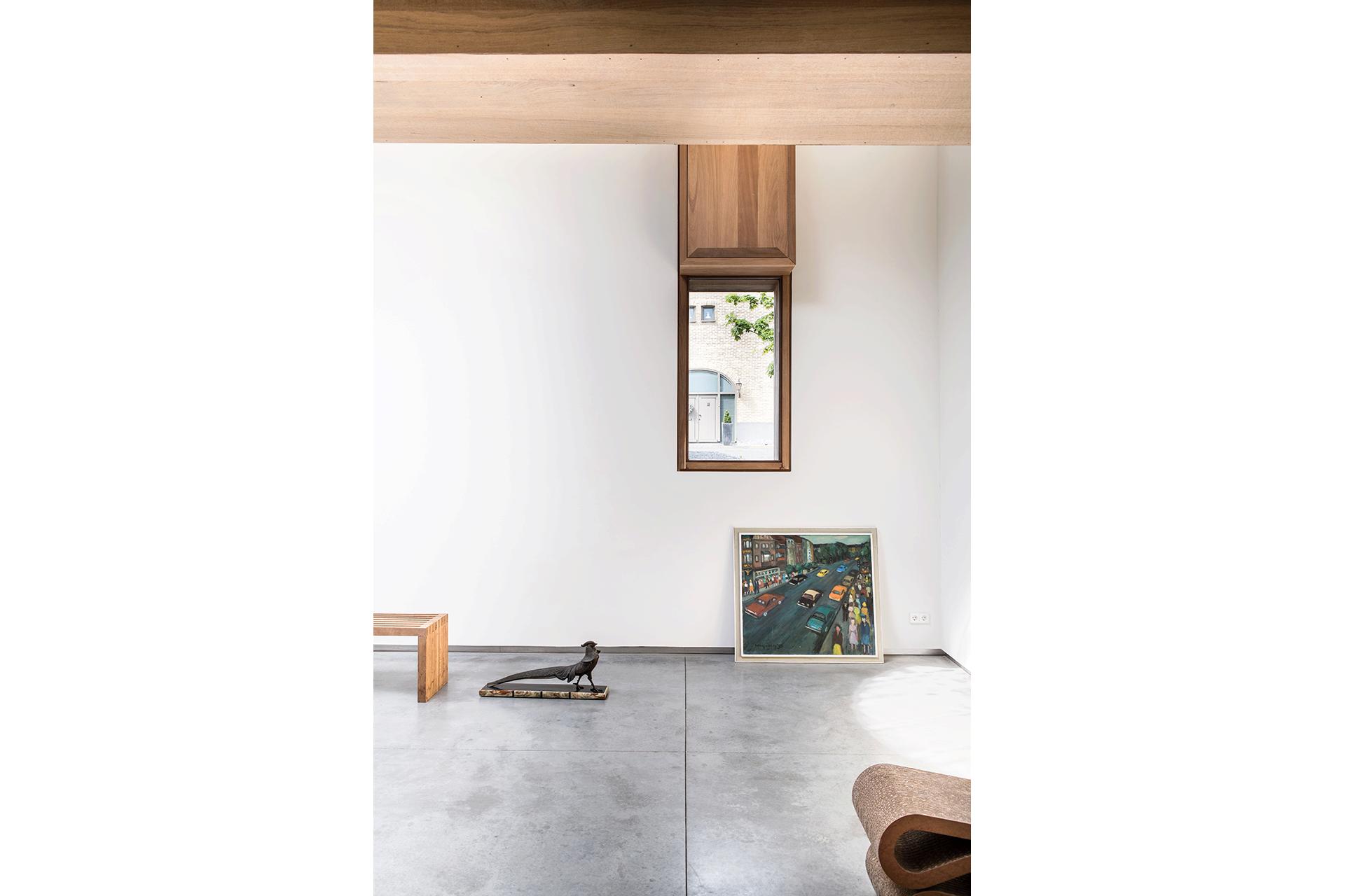hout wit interieur raam raamkozijn beton vloer