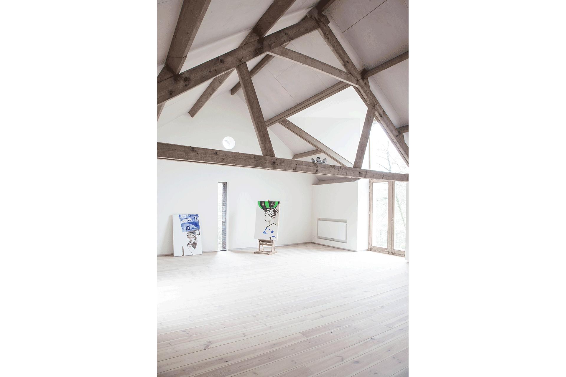 verbouw boederij dakspant dak dakkap zolder hout oud dak constructie