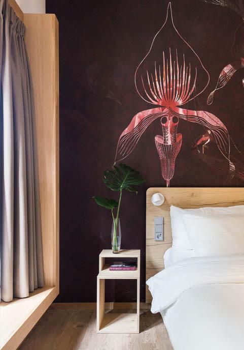 hotelkamer nachtkastje hout hoteldesign de botanica vught landgoed huize bergen